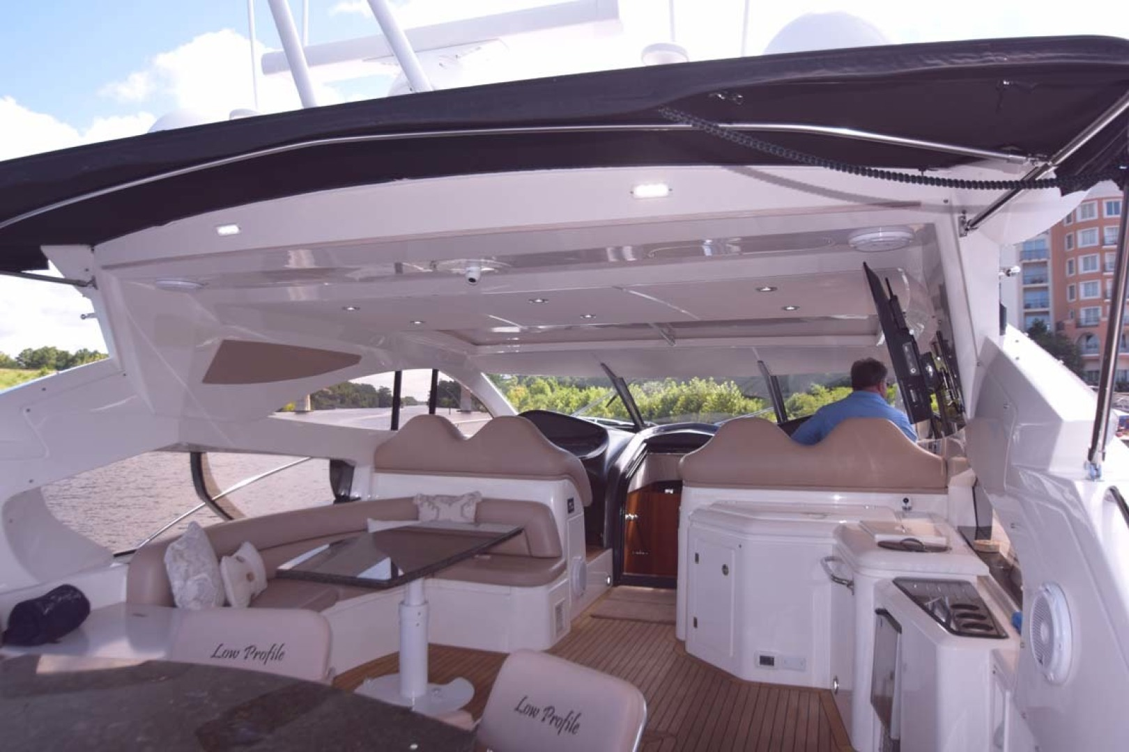 Sunseeker-Predator 2003-Low Profile PALM BEACH-Florida-United States-Aft Deck From Swim Platform-1576384 | Thumbnail