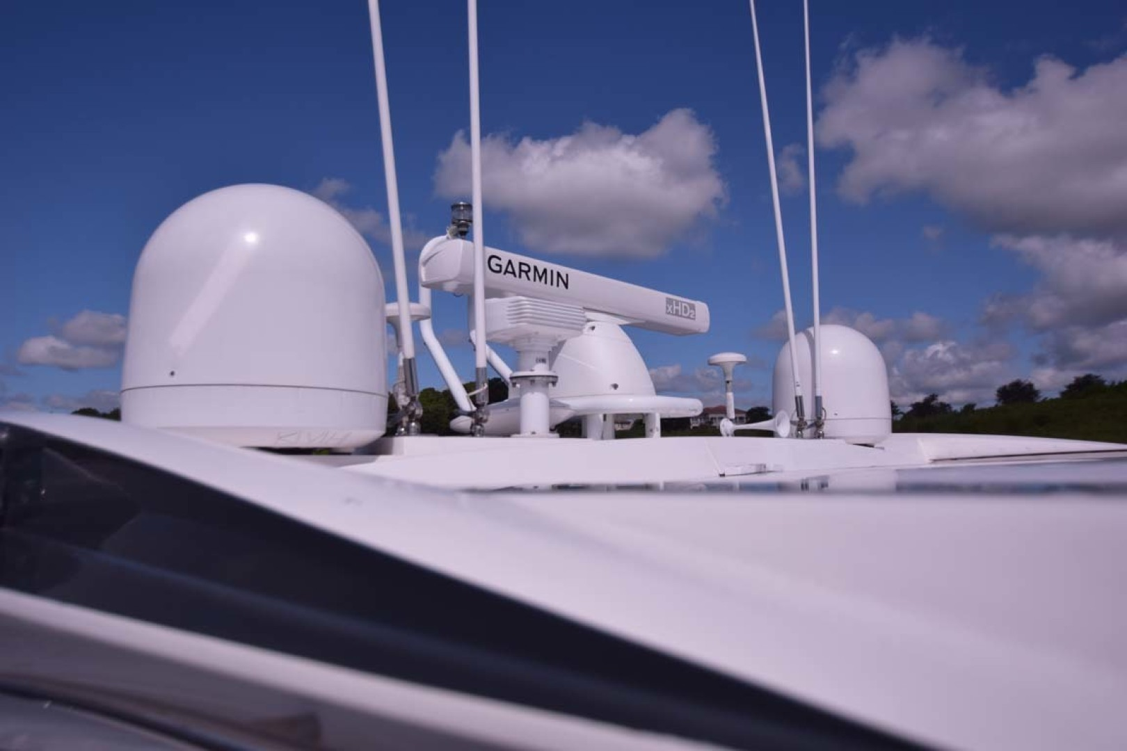 Sunseeker-Predator 2003-Low Profile PALM BEACH-Florida-United States-Archway Detail-1576366 | Thumbnail