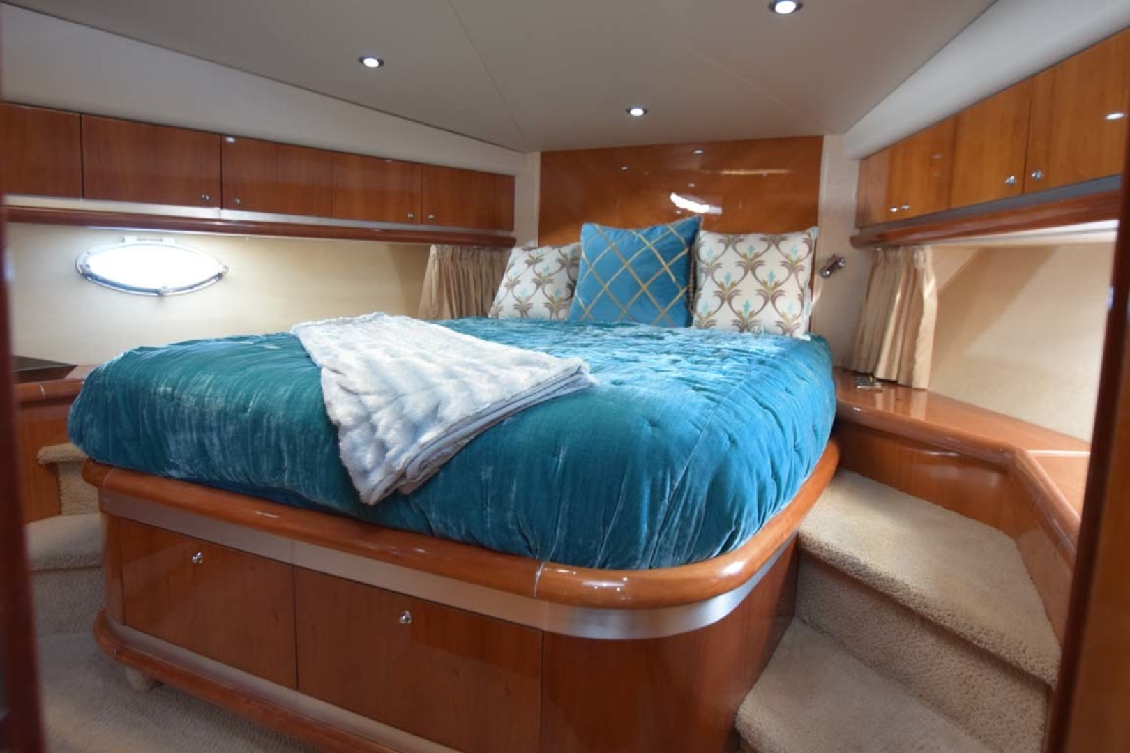 Sunseeker-Predator 2003-Low Profile PALM BEACH-Florida-United States-V Berth VIP To Bed From Head-1576355 | Thumbnail