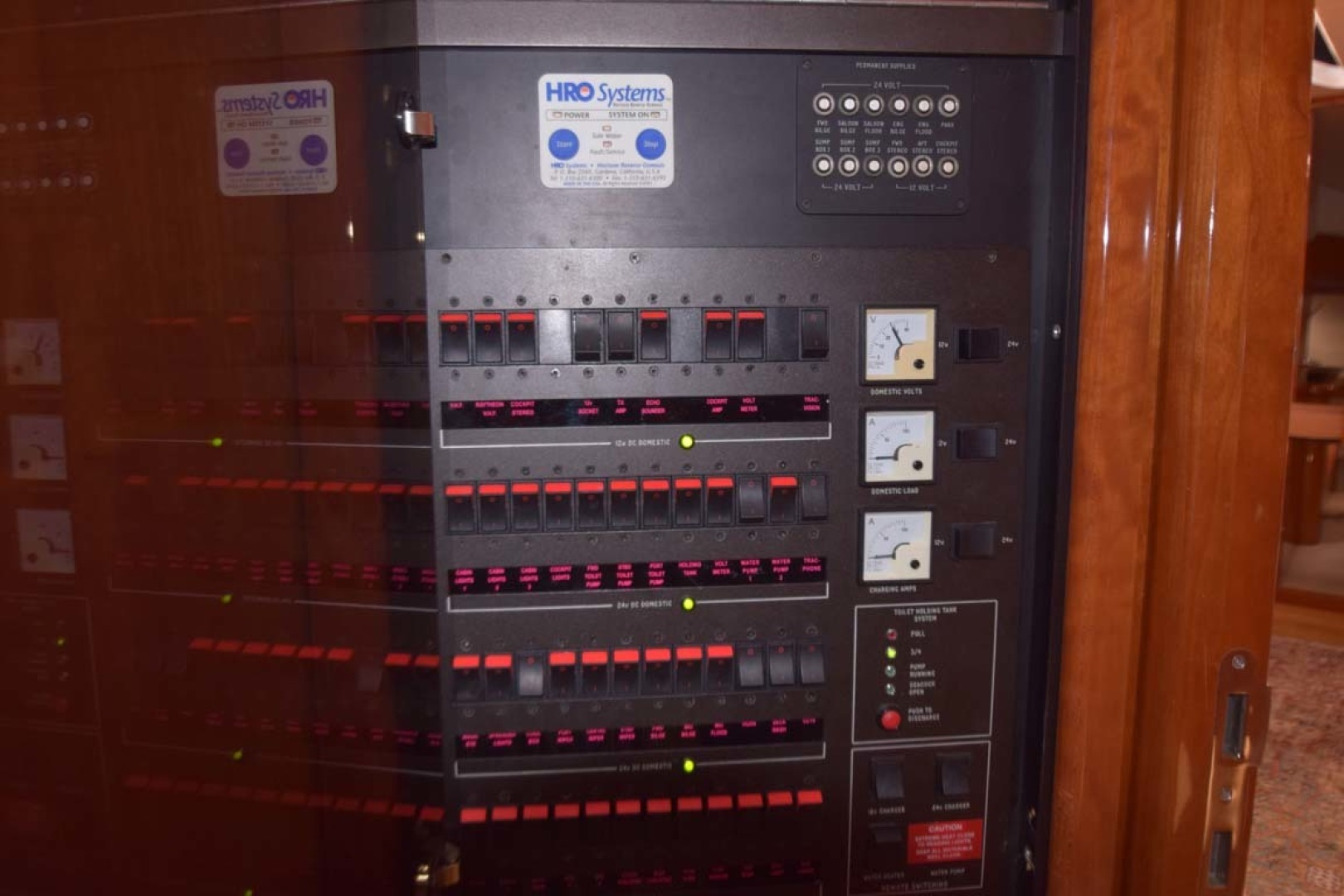 Sunseeker-Predator 2003-Low Profile PALM BEACH-Florida-United States-Control Panel-1576335 | Thumbnail