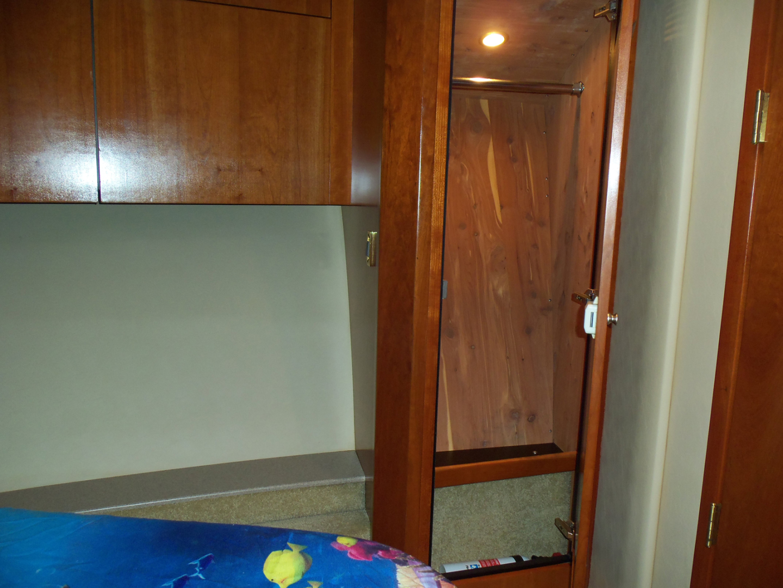 Rampage-45 SF 2004-MY DOLLY Ft. Lauderdale-Florida-United States-Master Hanging Locker-1563937 | Thumbnail