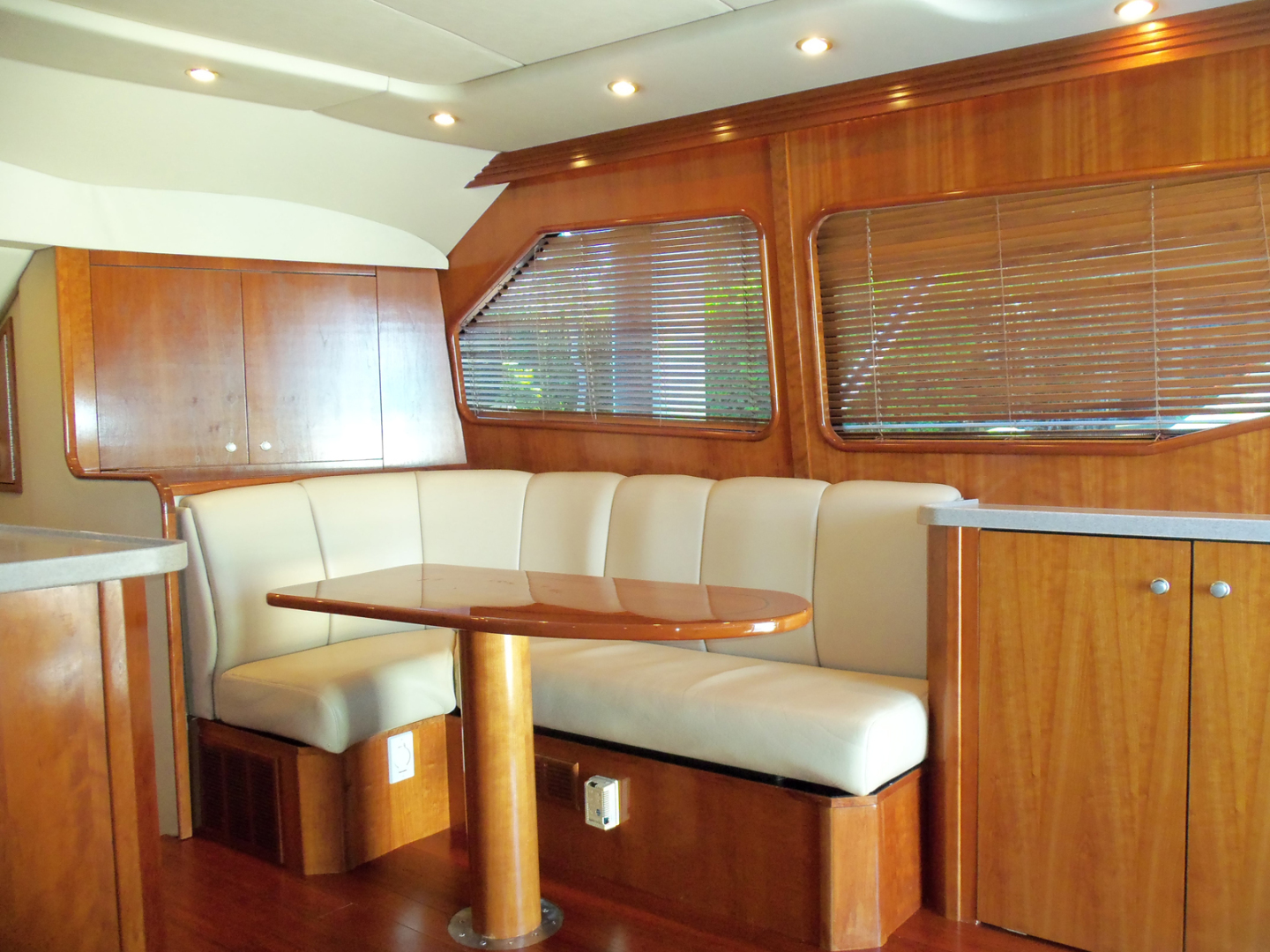 Rampage-45 SF 2004-MY DOLLY Ft. Lauderdale-Florida-United States-Starboard Side Dinette-1563922 | Thumbnail