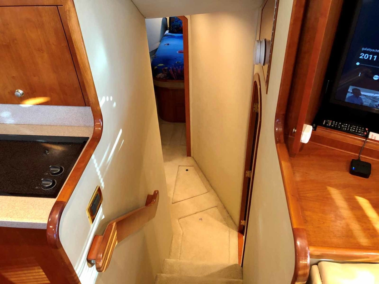 Rampage-45 SF 2004-MY DOLLY Ft. Lauderdale-Florida-United States-Companionway-1464021 | Thumbnail