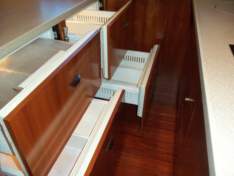 Rampage-45 SF 2004-MY DOLLY Ft. Lauderdale-Florida-United States-(4) Fridge Freezer Drawers-1563927 | Thumbnail
