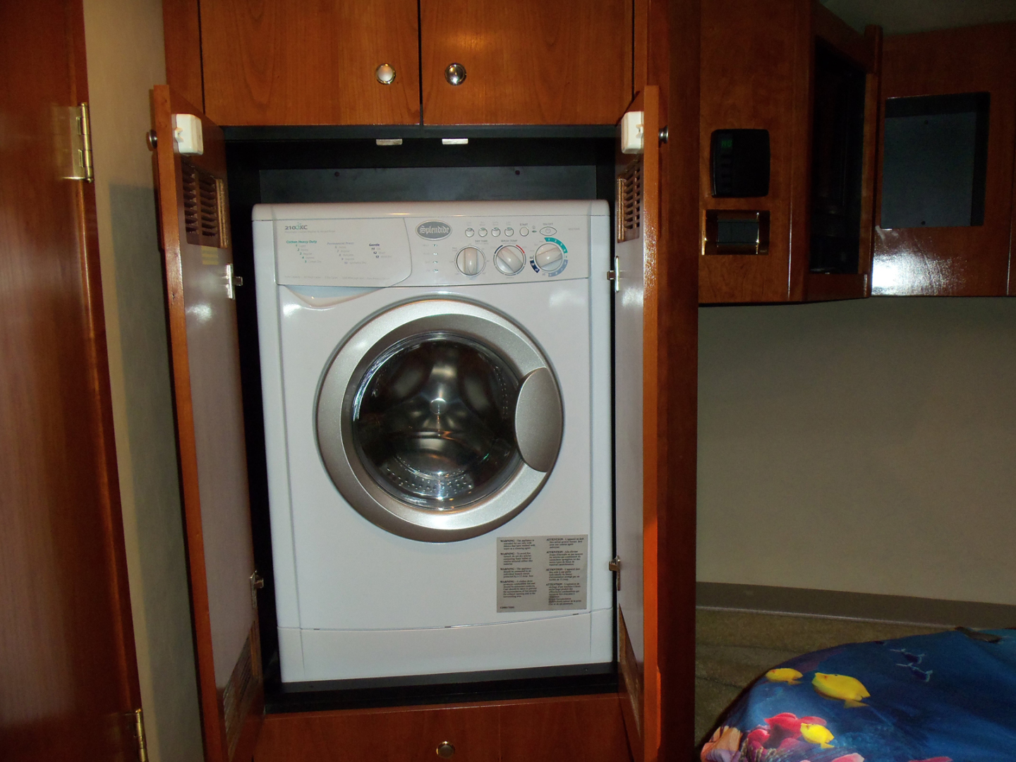 Rampage-45 SF 2004-MY DOLLY Ft. Lauderdale-Florida-United States-Master Cabin Laundry-1563936 | Thumbnail
