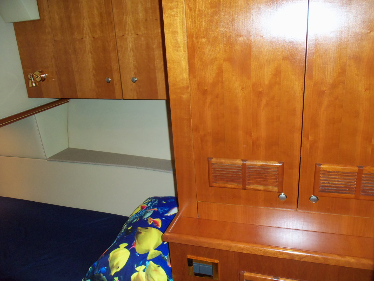 Rampage-45 SF 2004-MY DOLLY Ft. Lauderdale-Florida-United States-Port Guest Locker-1563931 | Thumbnail