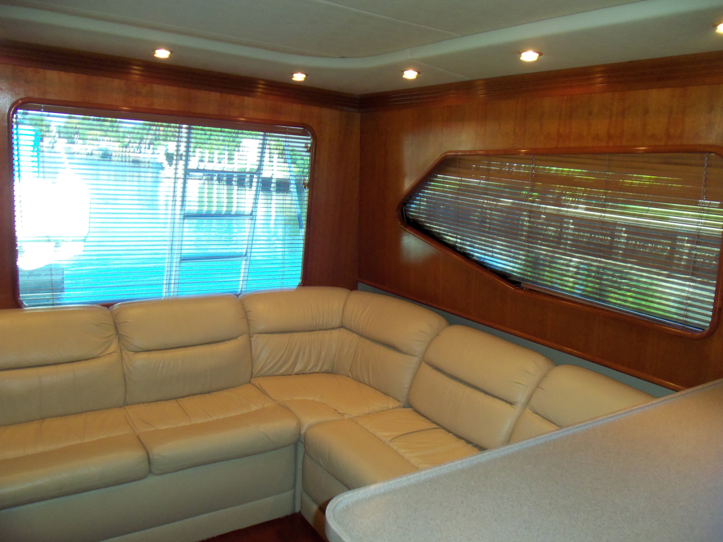 Rampage-45 SF 2004-MY DOLLY Ft. Lauderdale-Florida-United States-Salon Looking Aft-1563920 | Thumbnail