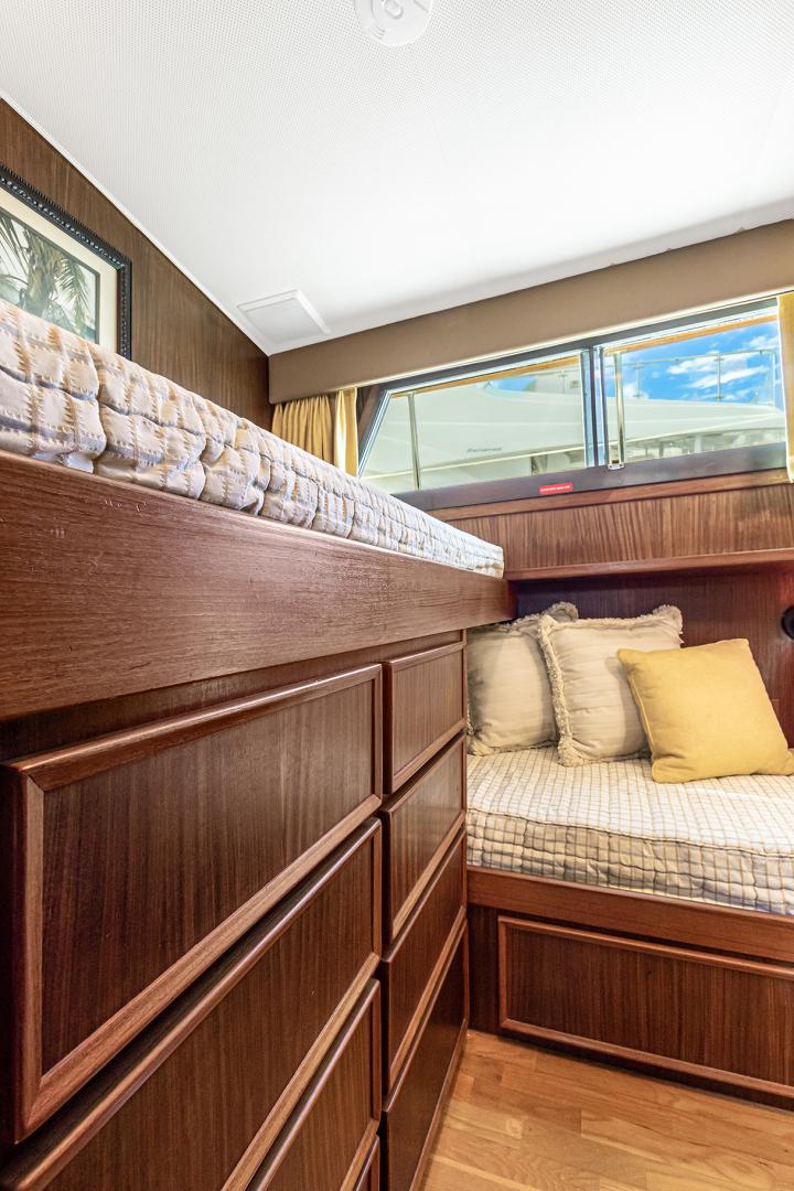 Hatteras-Motor Yacht 1985-Ruffian North Palm Beach-Florida-United States-RUFFIAN Guest Twin SR-1470914 | Thumbnail