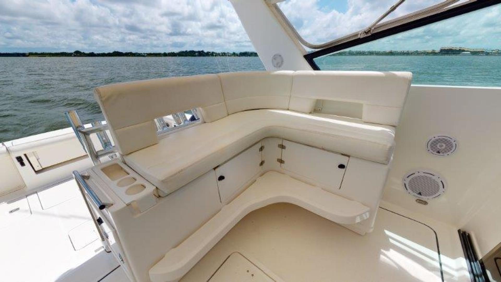 Tiara Yachts-4100 Open 2000-Sans Peur Stuart-Florida-United States-Helm Deck Seating-1464322 | Thumbnail