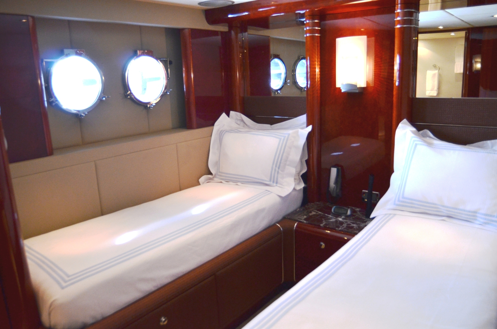 Warren Yachts-Express Cruiser 2007-ANDIAMO Miami-Florida-United States-1465039 | Thumbnail