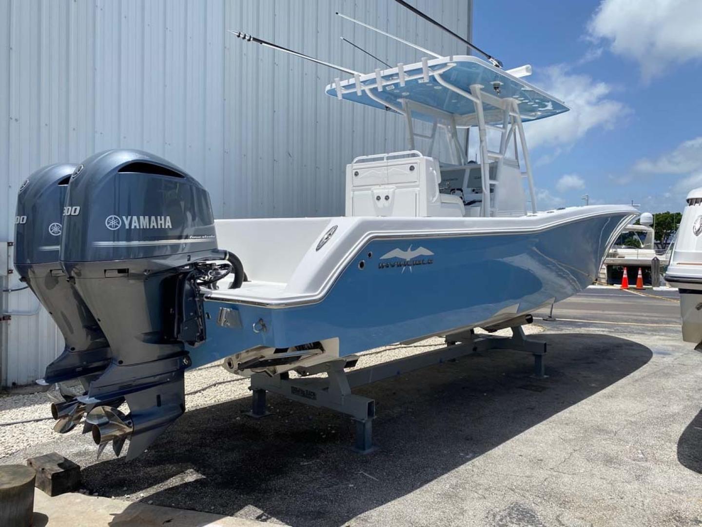 Invincible-33 Center Console 2020 -Dania-Florida-United States-Starboard Aft Quarter-1465225 | Thumbnail