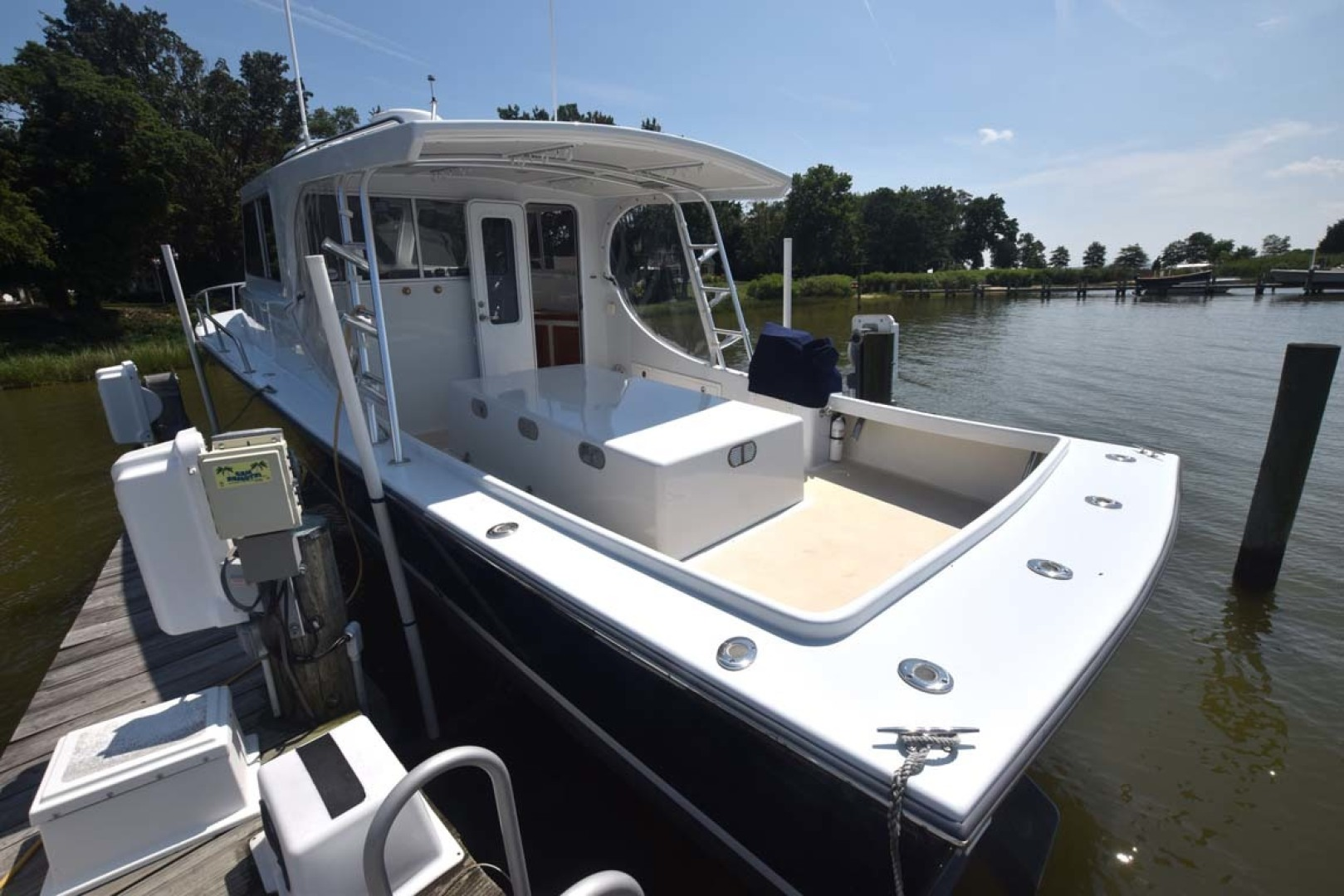 Mabry-Custom 32 2017-Therapy Grasonville-Maryland-United States-Port Aft View-1466473 | Thumbnail