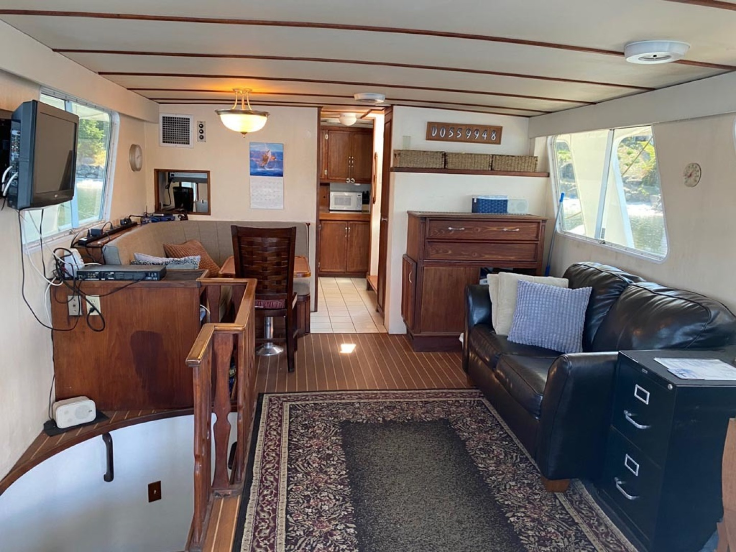 Custom-Pilothouse Trawler 1974-Great Orca Keyport-Washington-United States-Main Salon Looking Forward-1466962 | Thumbnail