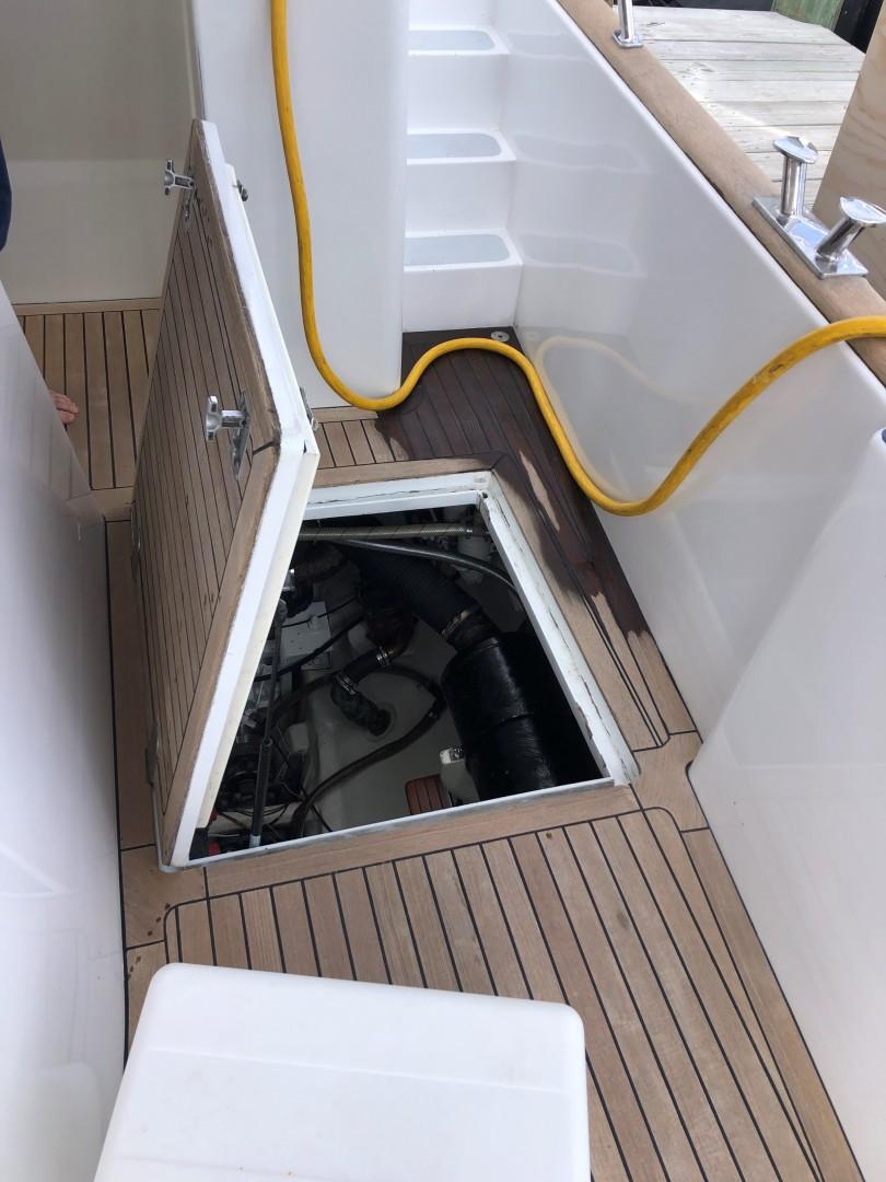 Portsmouth-Power Catamaran 2003-Giovannino Stuart-Florida-United States-engine-room-1594275 | Thumbnail