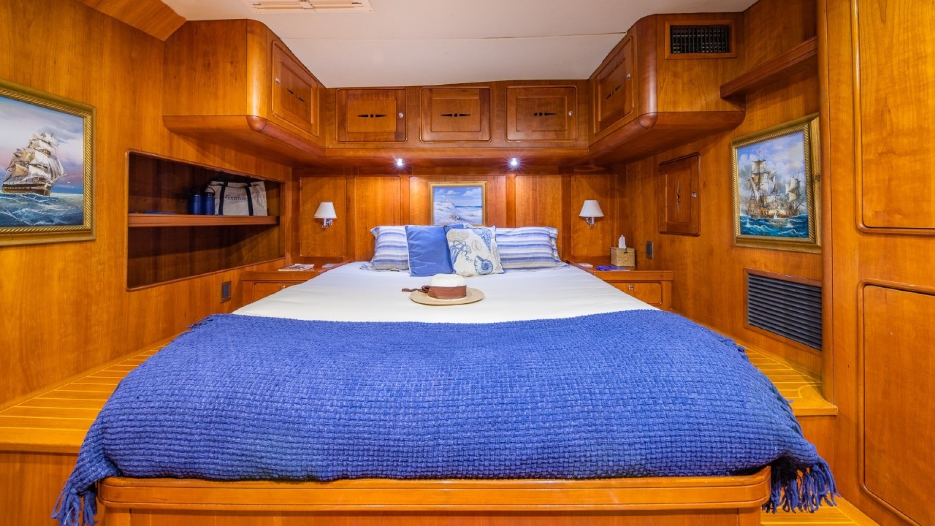 Portsmouth-Power Catamaran 2003-Giovannino Stuart-Florida-United States-master-stateroom-1469469 | Thumbnail