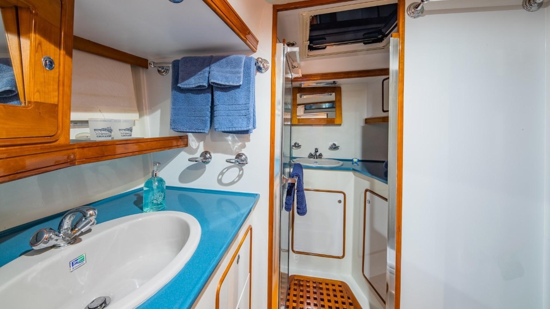 Portsmouth-Power Catamaran 2003-Giovannino Stuart-Florida-United States-master-stateroom-1469472 | Thumbnail