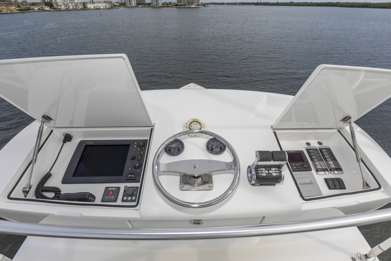 Viking-Enclosed Bridge Sportfish 2016-Bella Dona Di Boca Raton-Florida-United States-1487964 | Thumbnail