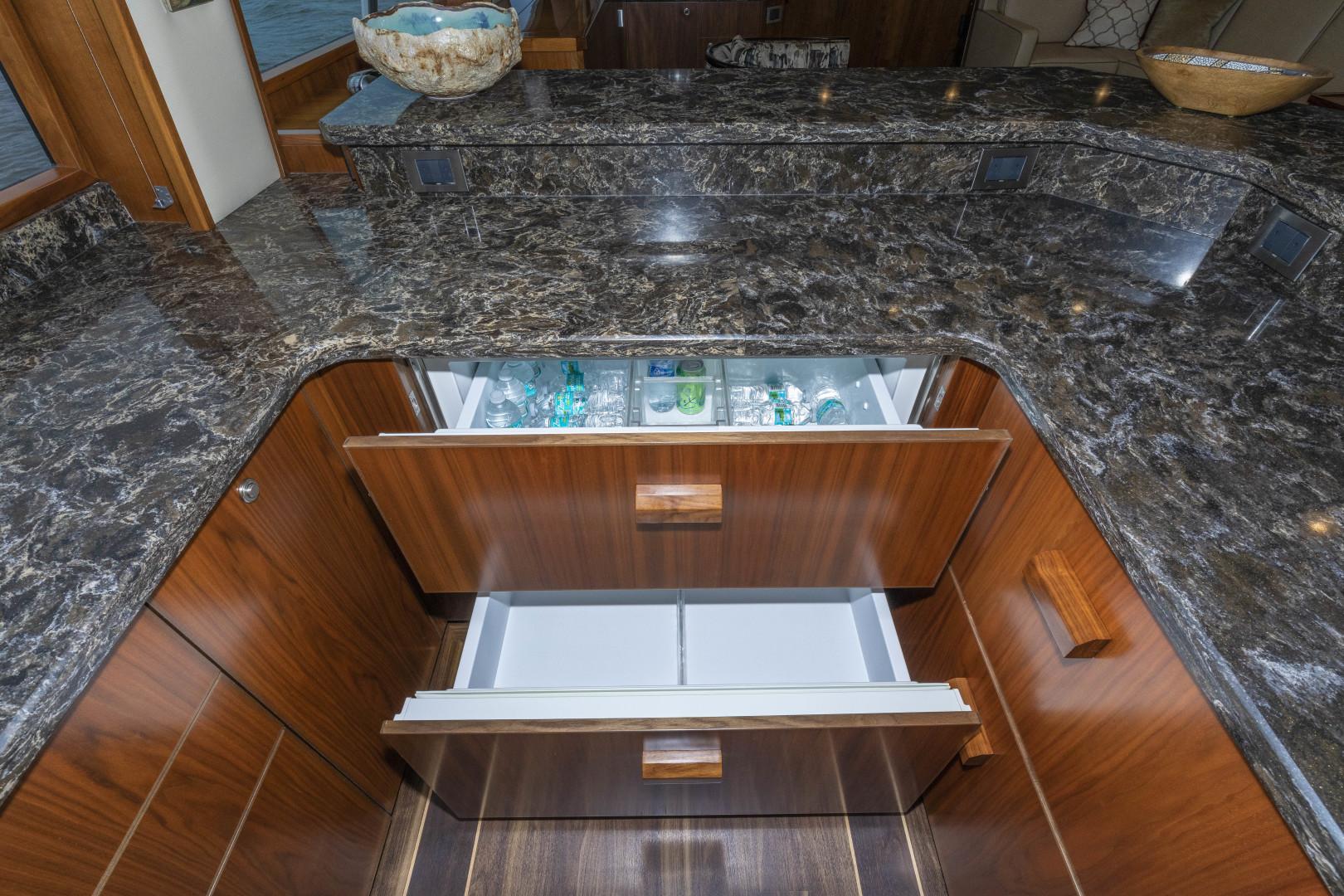 Viking-Enclosed Bridge Sportfish 2016-Bella Dona Di Boca Raton-Florida-United States-1488008 | Thumbnail