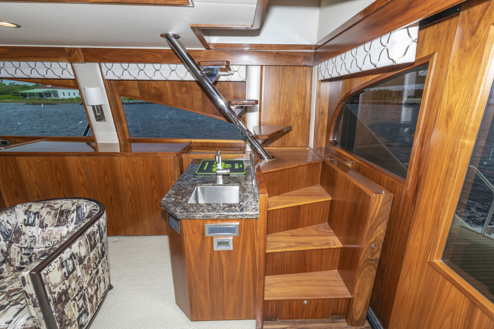 Viking-Enclosed Bridge Sportfish 2016-Bella Dona Di Boca Raton-Florida-United States-1487979 | Thumbnail
