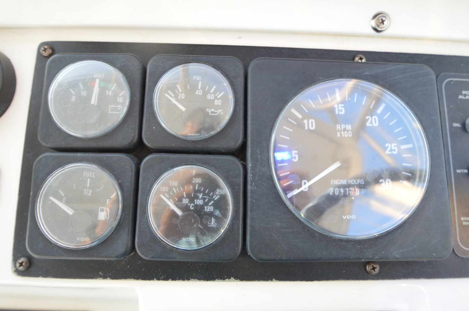 Cabo-31 Express 1998-C Monster Hampton-Virginia-United States-1470262 | Thumbnail