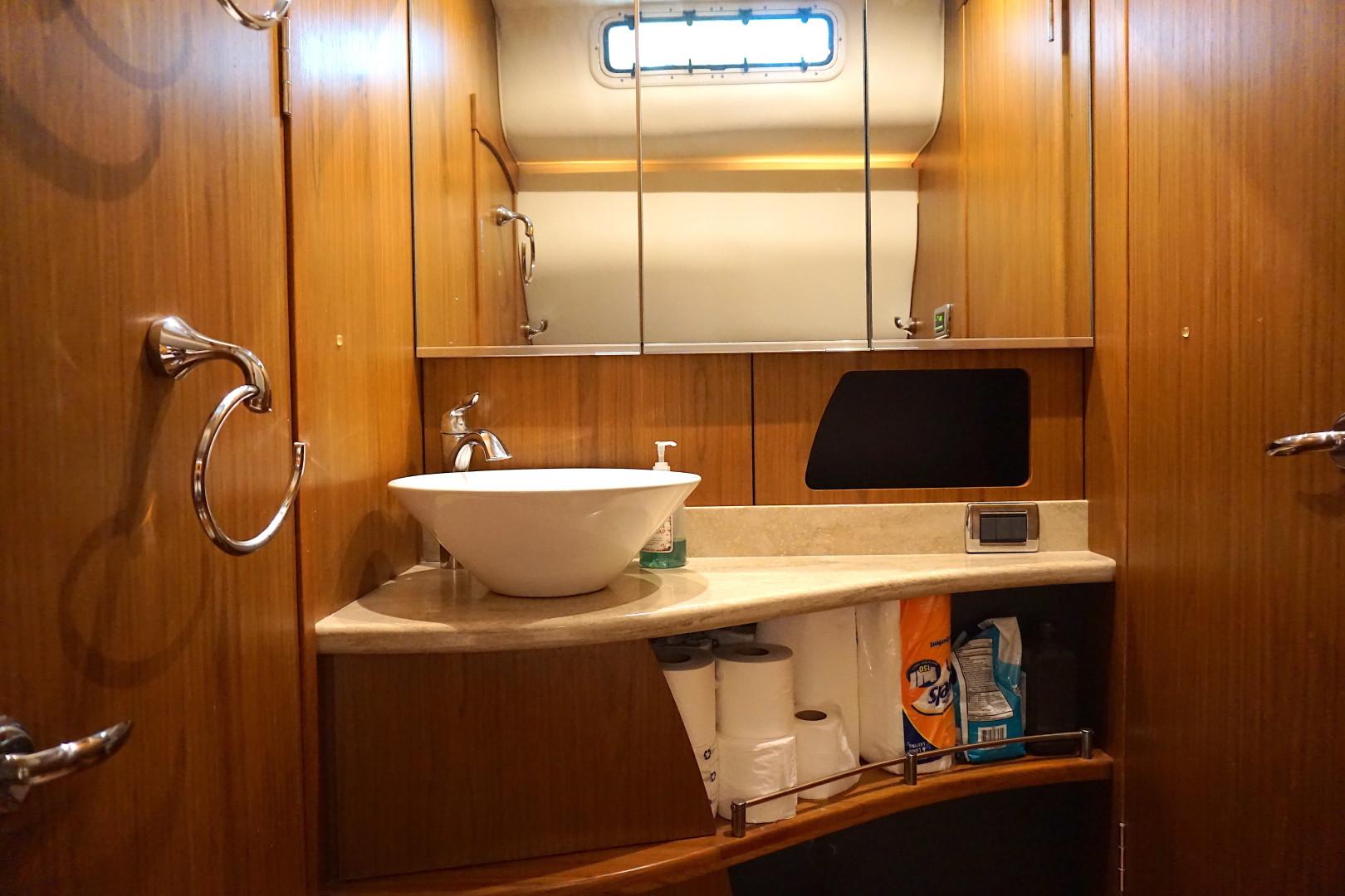 Tiara Yachts-45 Sovran 2015-Captains Choice Pensacola-Florida-United States-2015 45 Tiara Sovran Captains Choice GUEST VANITY-1484291   Thumbnail