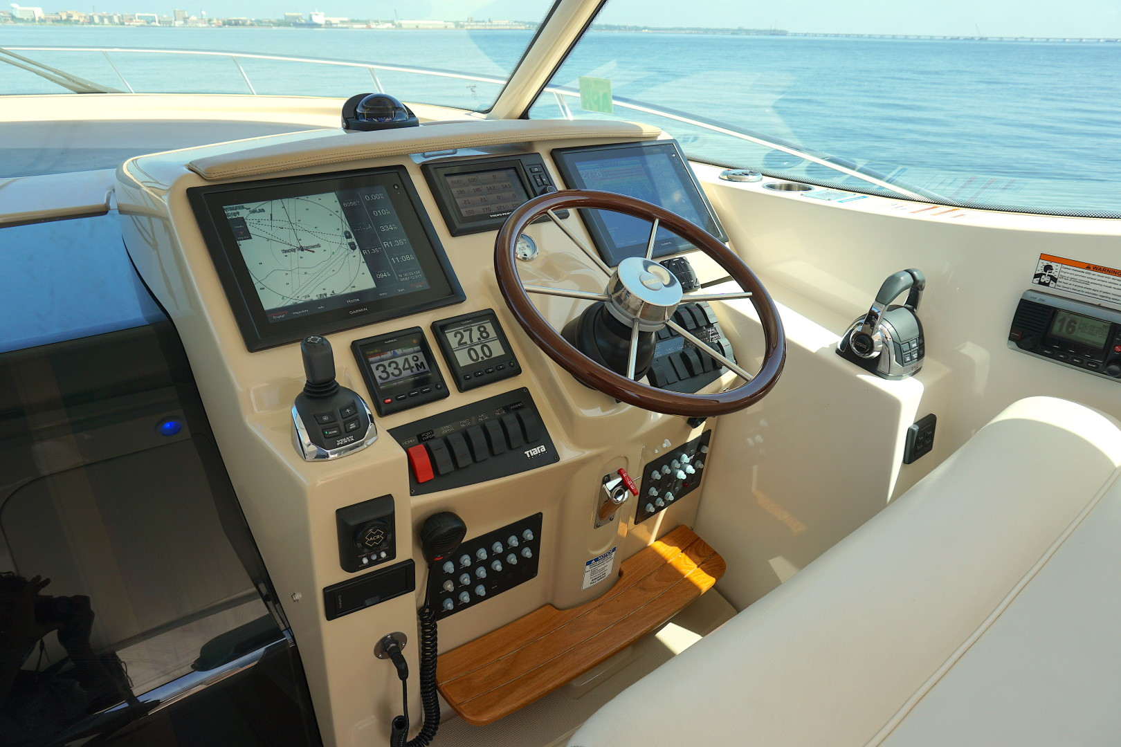 Tiara Yachts-45 Sovran 2015-Captains Choice Pensacola-Florida-United States-2015 45 Tiara Sovran Captains Choice VIEW FROM THE HELM (2)-1484312   Thumbnail