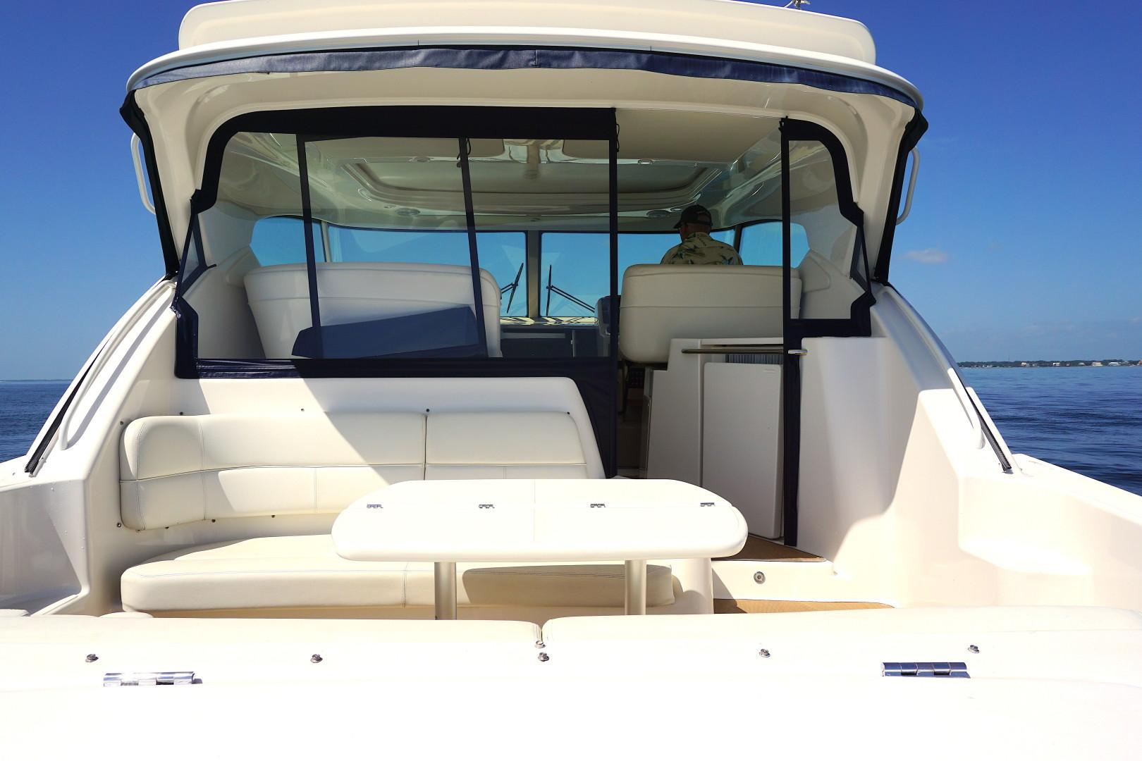 Tiara Yachts-45 Sovran 2015-Captains Choice Pensacola-Florida-United States-2015 45 Tiara Sovran Captains Choice STERN LOOKING FOREWORD-1484308   Thumbnail