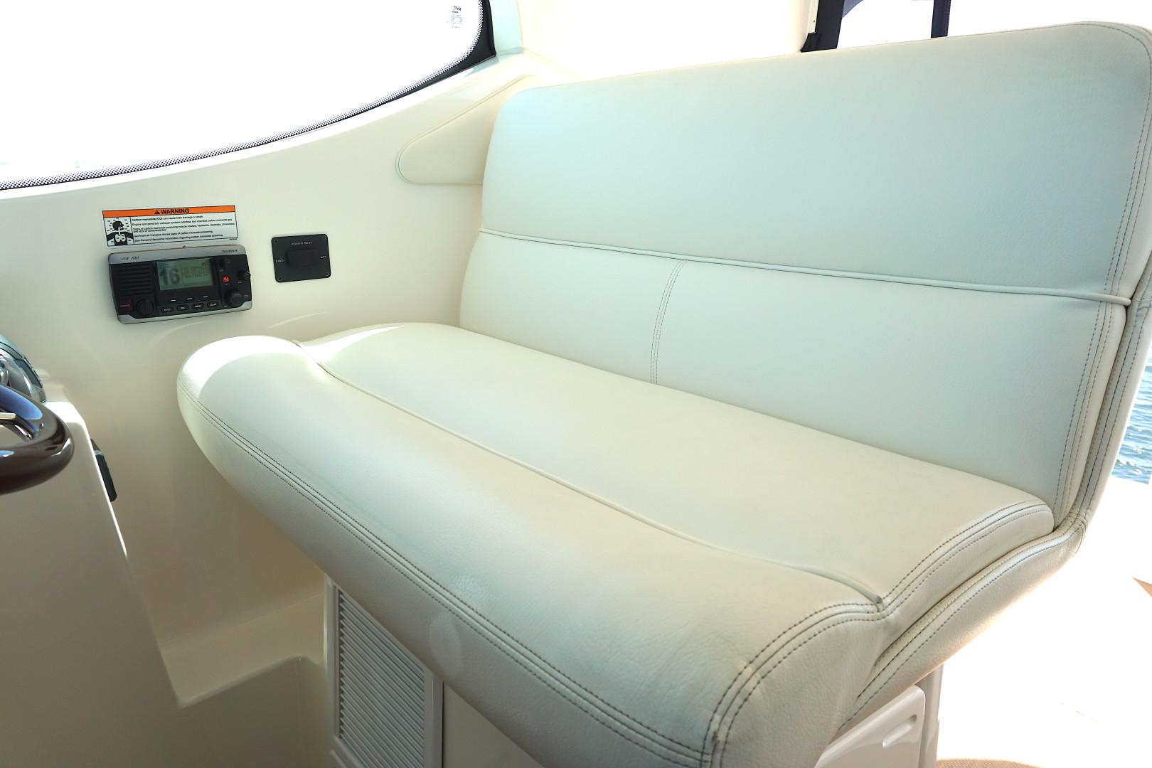 Tiara Yachts-45 Sovran 2015-Captains Choice Pensacola-Florida-United States-2015 45 Tiara Sovran Captains Choice CAPTAINS CHAIR-1484302   Thumbnail