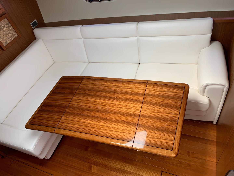 Tiara Yachts-45 Sovran 2015-Captains Choice Pensacola-Florida-United States-2015 45 Tiara Sovran Captains Choice Tiara Salon Table-1484277   Thumbnail