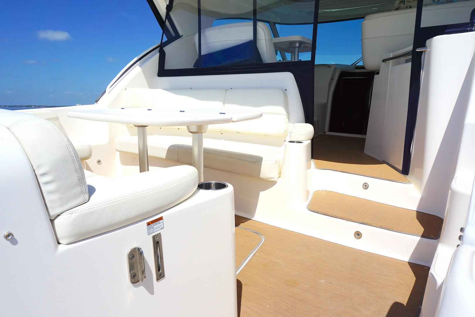 Tiara Yachts-45 Sovran 2015-Captains Choice Pensacola-Florida-United States-2015 45 Tiara Sovran Captains Choice STERN ENTRY-1484307   Thumbnail