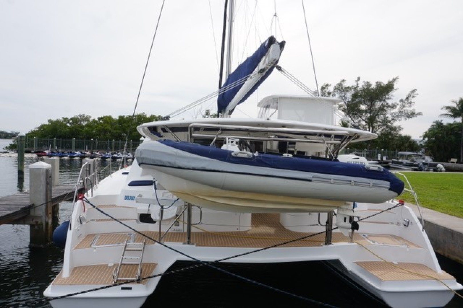 Leopard-44 2016-Grateful Fort Lauderdale-Florida-United States-Stern View, Dinghy-1471299 | Thumbnail