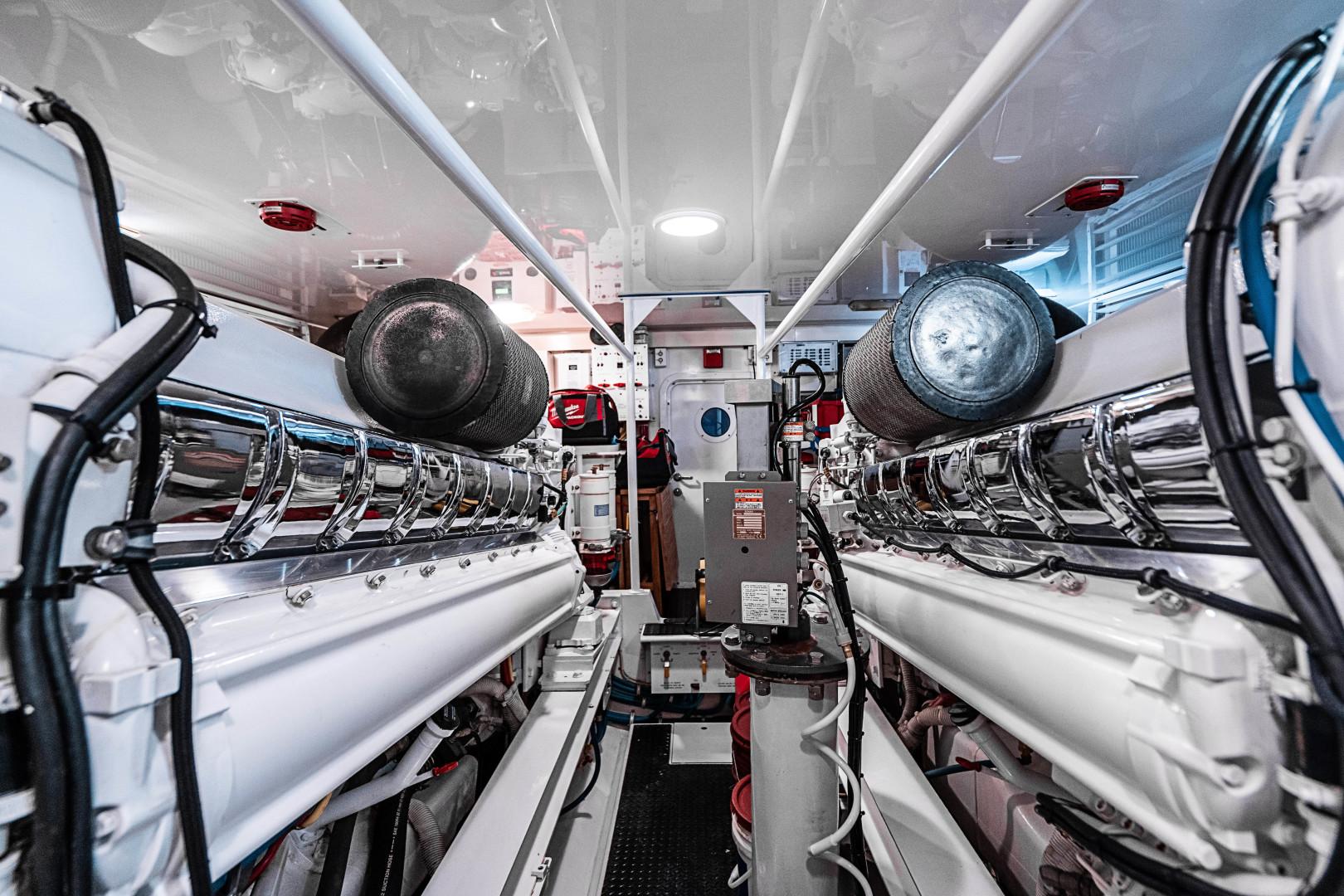 Viking-74 Enclosed Bridge 2007 -Florida-United States-74 Viking Engine Room-1471153   Thumbnail