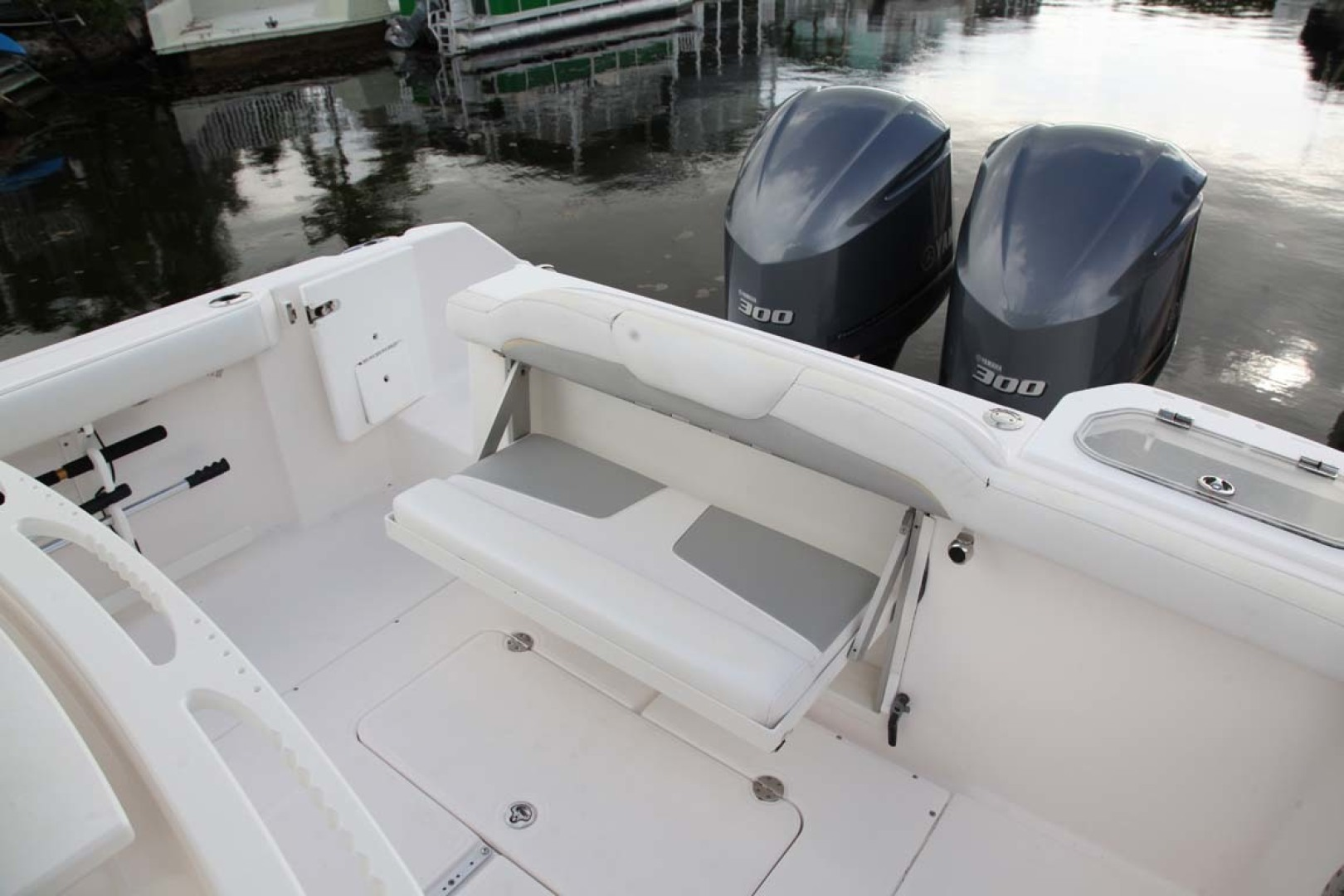Everglades-295 2012 -Tavernier-Florida-United States-Aft Seat-1472694 | Thumbnail