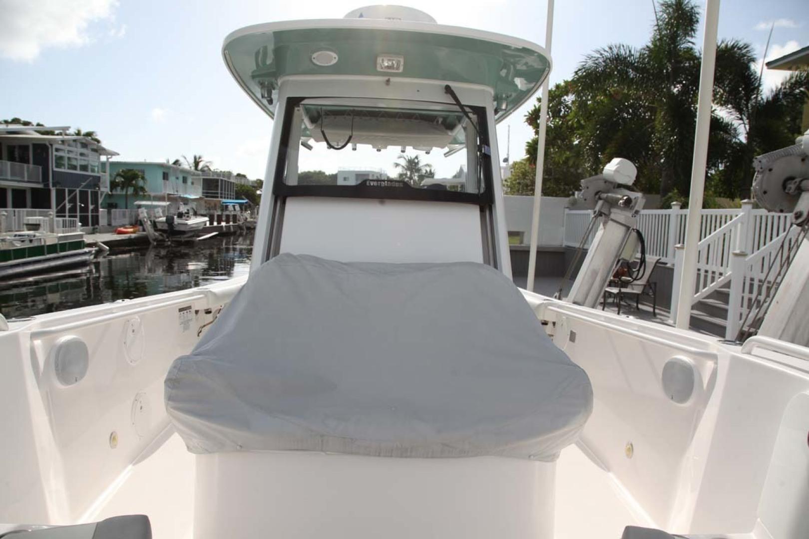 Everglades-295 2012 -Tavernier-Florida-United States-CC Forward Seats covered-1472668 | Thumbnail