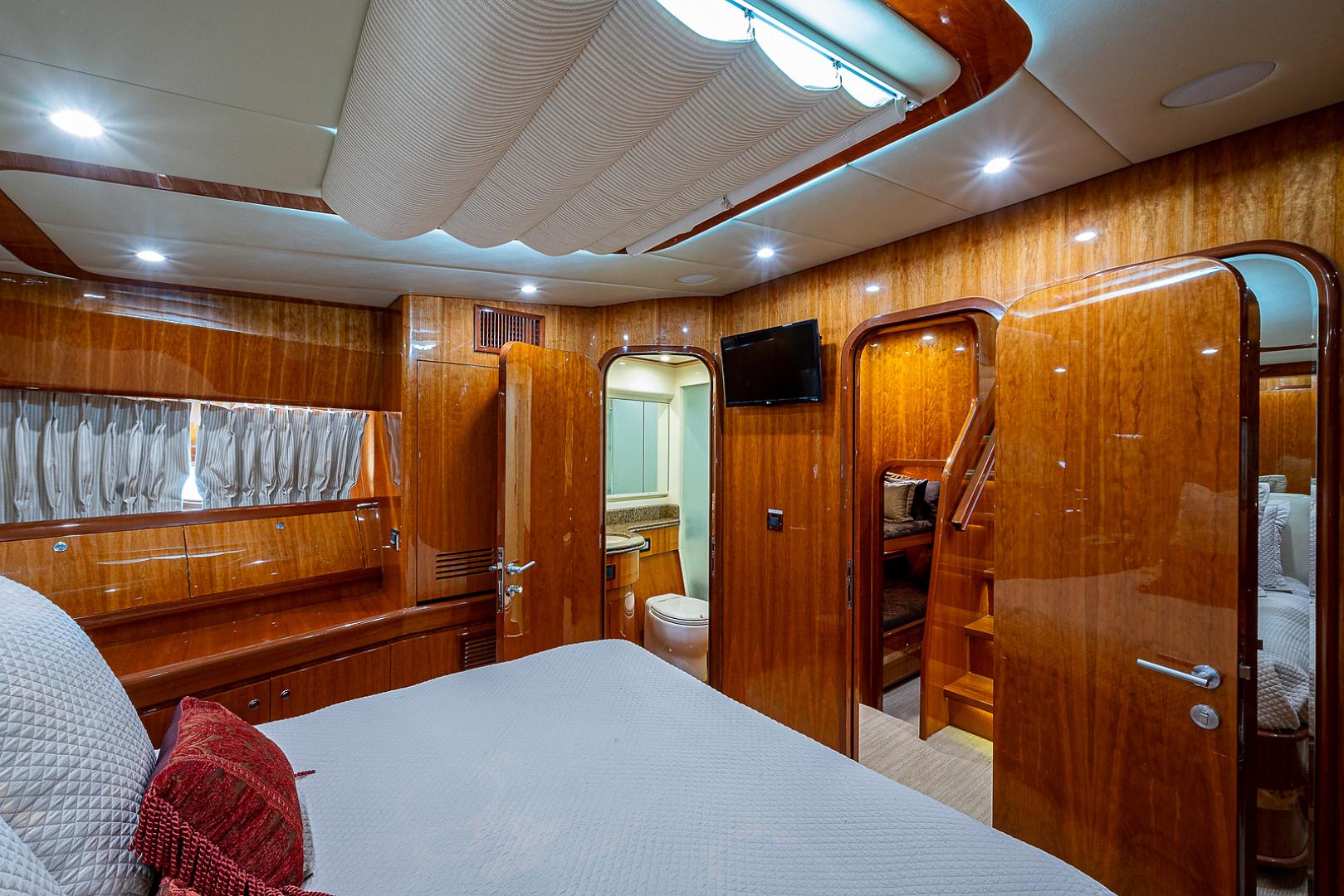 Johnson 2010-RED MOON Delray Beach-Florida-United States-1510335 | Thumbnail