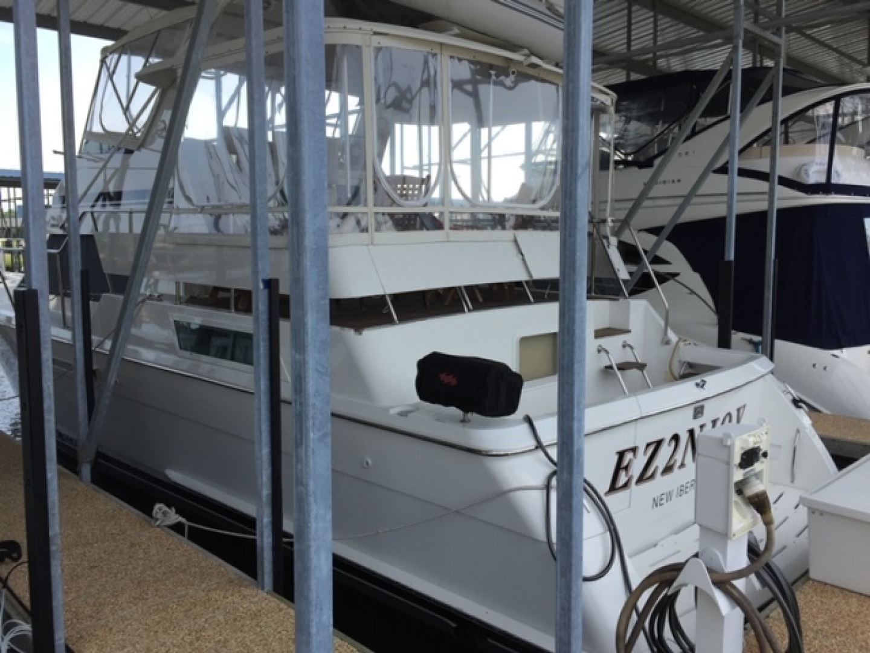 42' Hatteras 1995 Cockpit Motor Yacht EZ2NJOY
