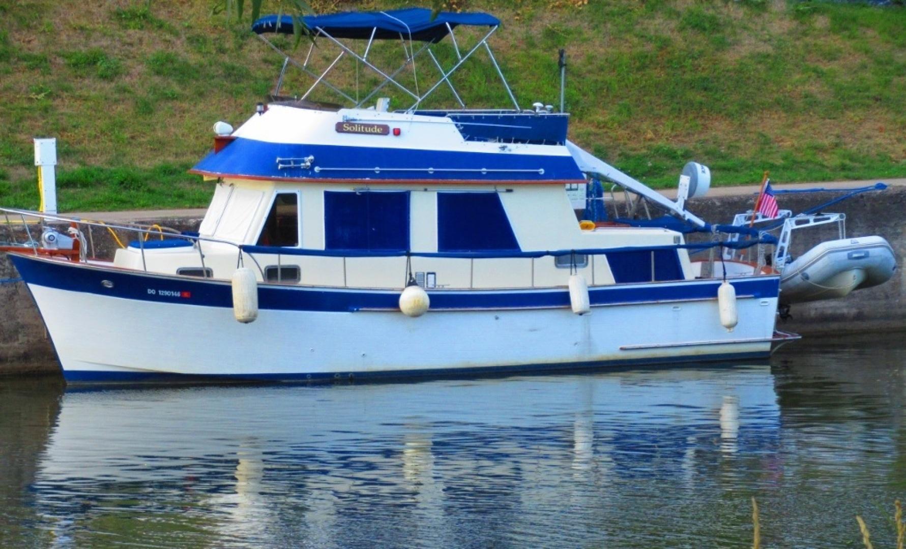 CHB-34 Trawler 1985-Solitude North Tonawanda-New York-United States-1475265 | Thumbnail