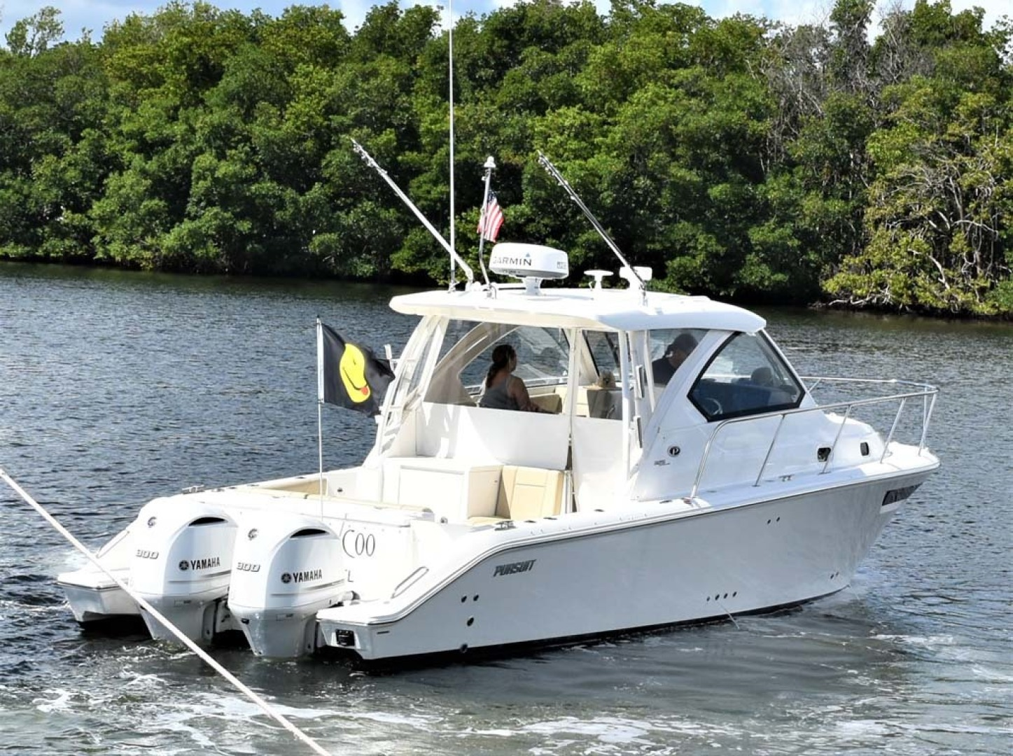 Pursuit-325 Offshore 2020-Coo Coo Miami-Florida-United States-Starboard Stern View-1475316 | Thumbnail