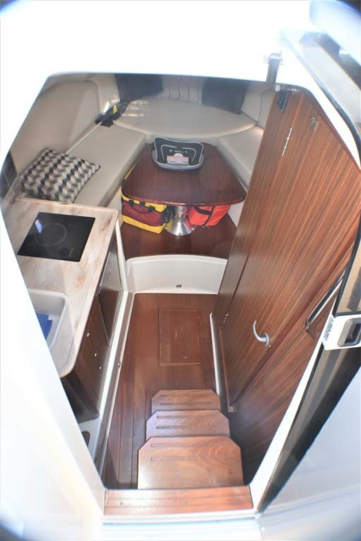 Pursuit-325 Offshore 2020-Coo Coo Miami-Florida-United States-Cabin Entry-1475272 | Thumbnail