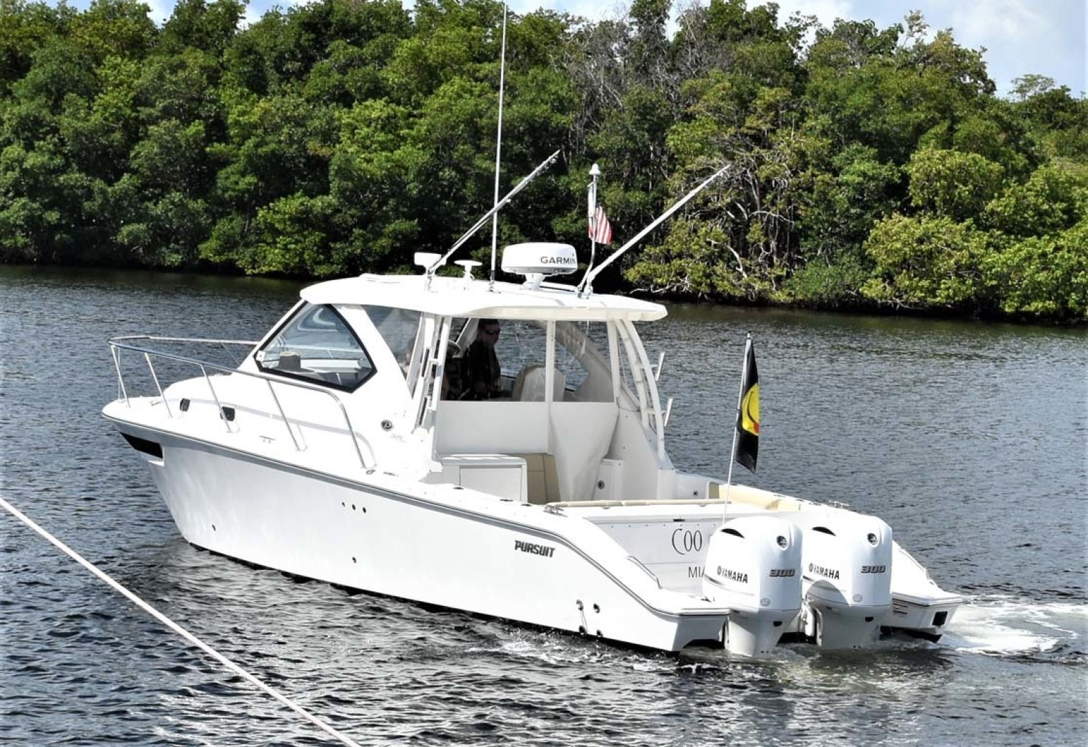 Pursuit-325 Offshore 2020-Coo Coo Miami-Florida-United States-Port Stern View-1475314 | Thumbnail