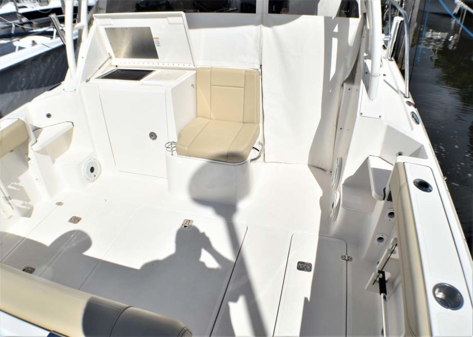 Pursuit-325 Offshore 2020-Coo Coo Miami-Florida-United States-Cockpit-1475302 | Thumbnail
