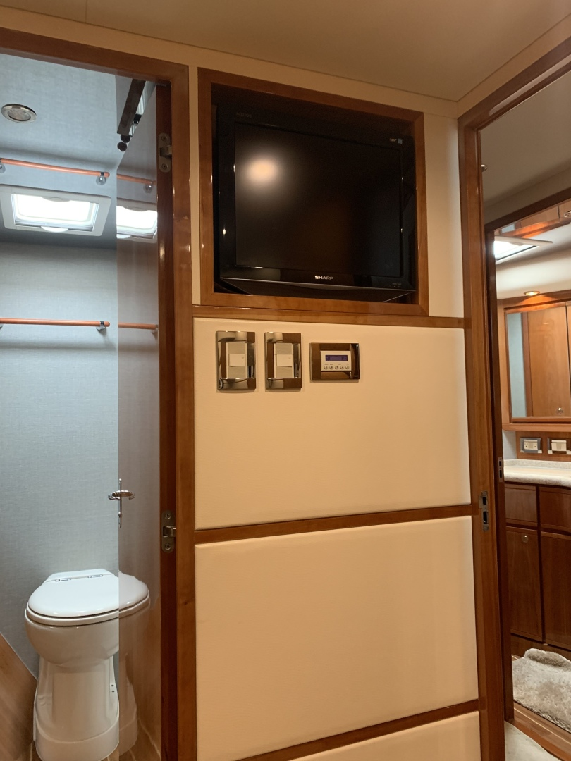 Bertram-510 Convertible 2008-RONCITO Ocean City-Maryland-United States-2008 Bertram 51 Sportfish Master Stateroom Entertainment-1487455 | Thumbnail