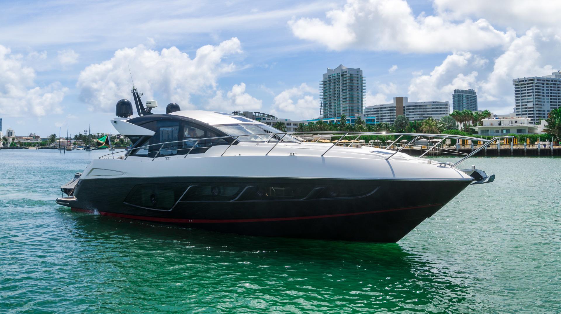 Sunseeker-Predator 2019 -Miami Beach-Florida-United States-1475694 | Thumbnail