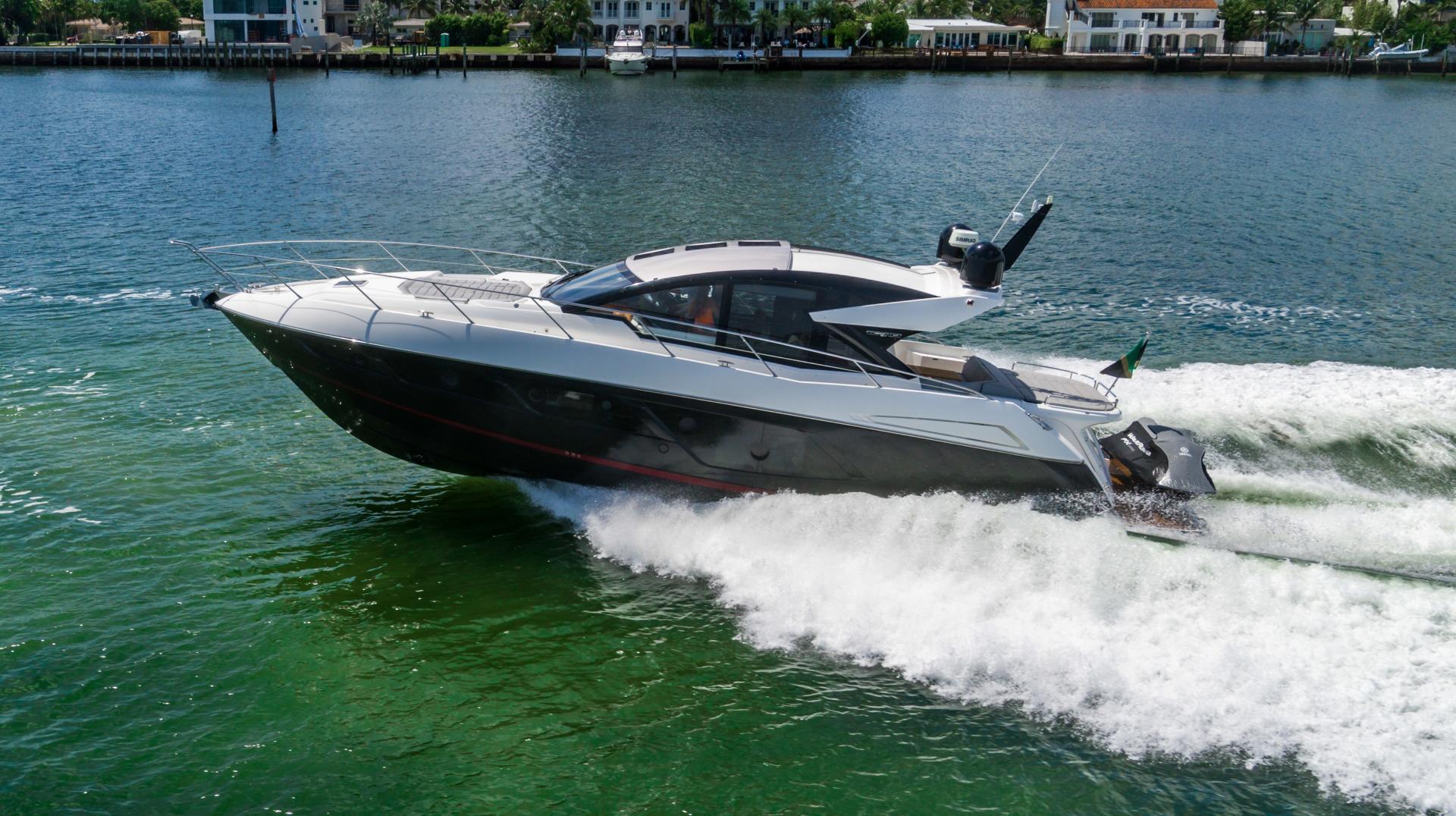 Sunseeker-Predator 2019 -Miami Beach-Florida-United States-1475698 | Thumbnail
