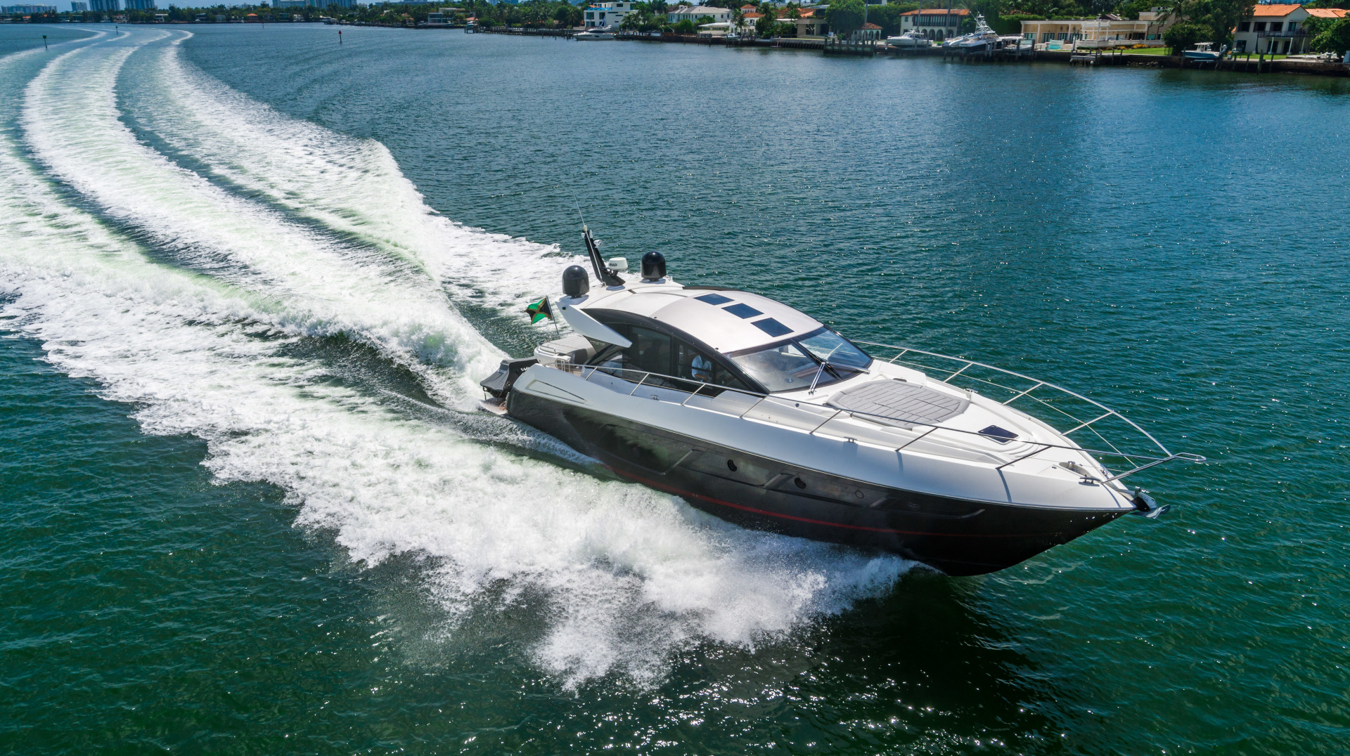 Sunseeker-Predator 2019 -Miami Beach-Florida-United States-1475697 | Thumbnail