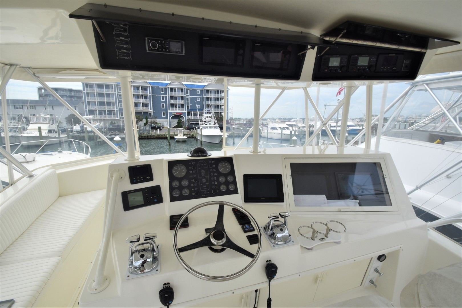 Viking-50 Convertible w/ Mezzanine 1996-Reel Current Ocean City-Maryland-United States-1476243 | Thumbnail