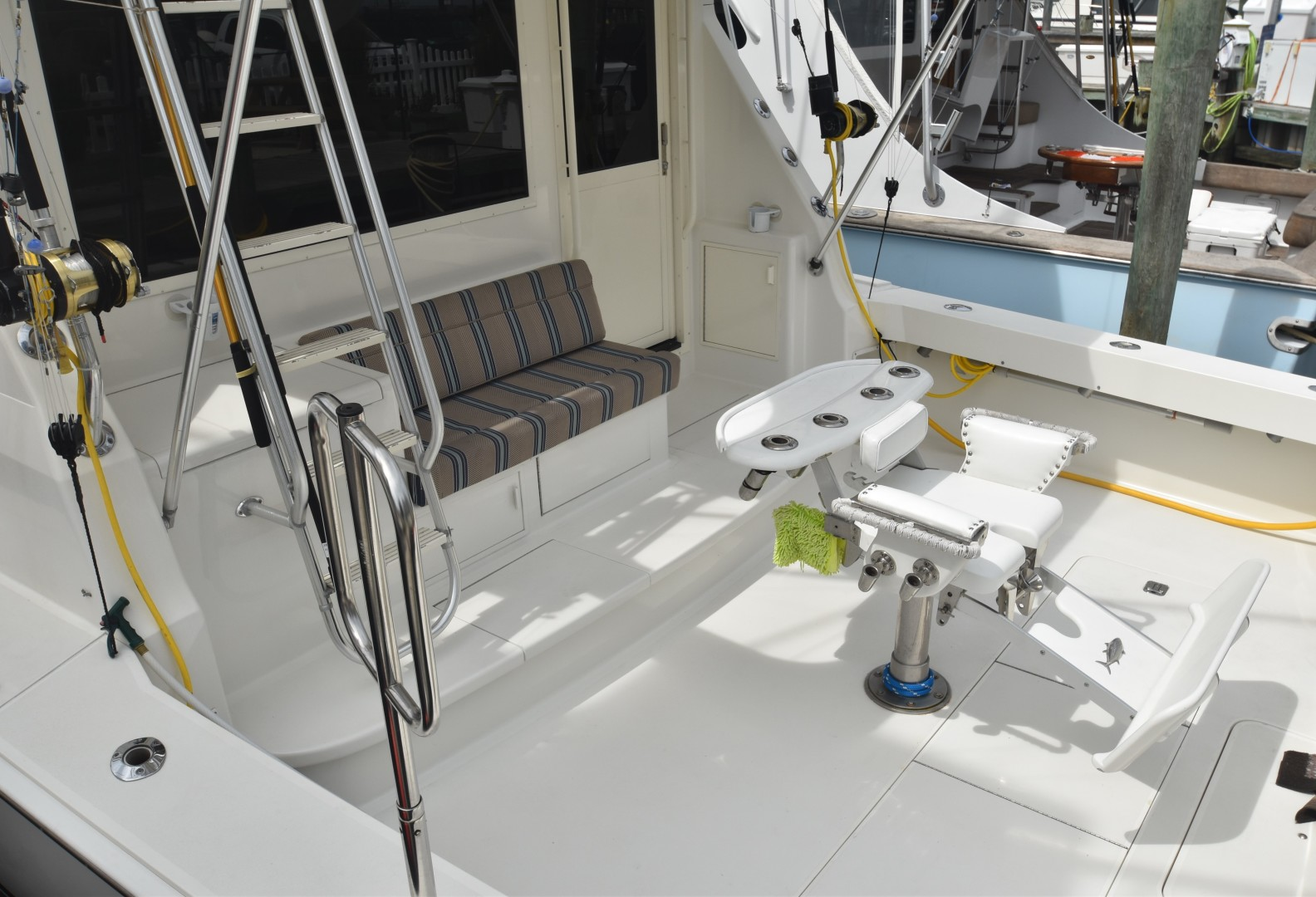Viking-50 Convertible w/ Mezzanine 1996-Reel Current Ocean City-Maryland-United States-1476237 | Thumbnail