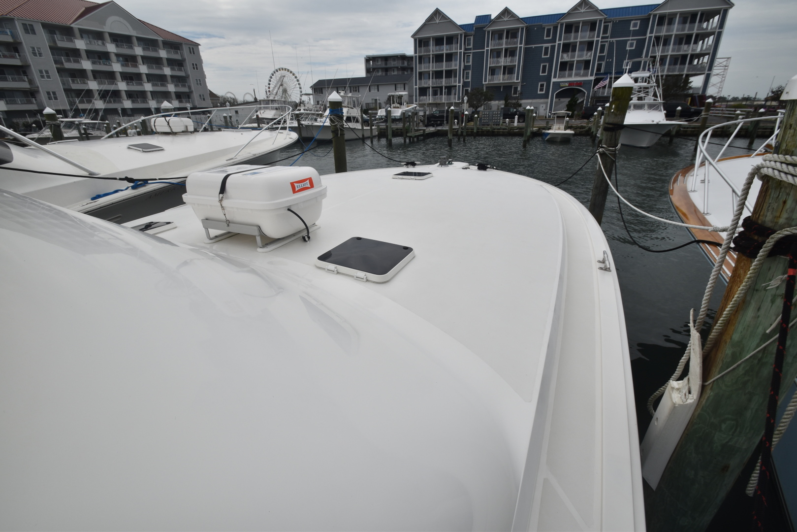 Viking-50 Convertible w/ Mezzanine 1996-Reel Current Ocean City-Maryland-United States-1476239 | Thumbnail