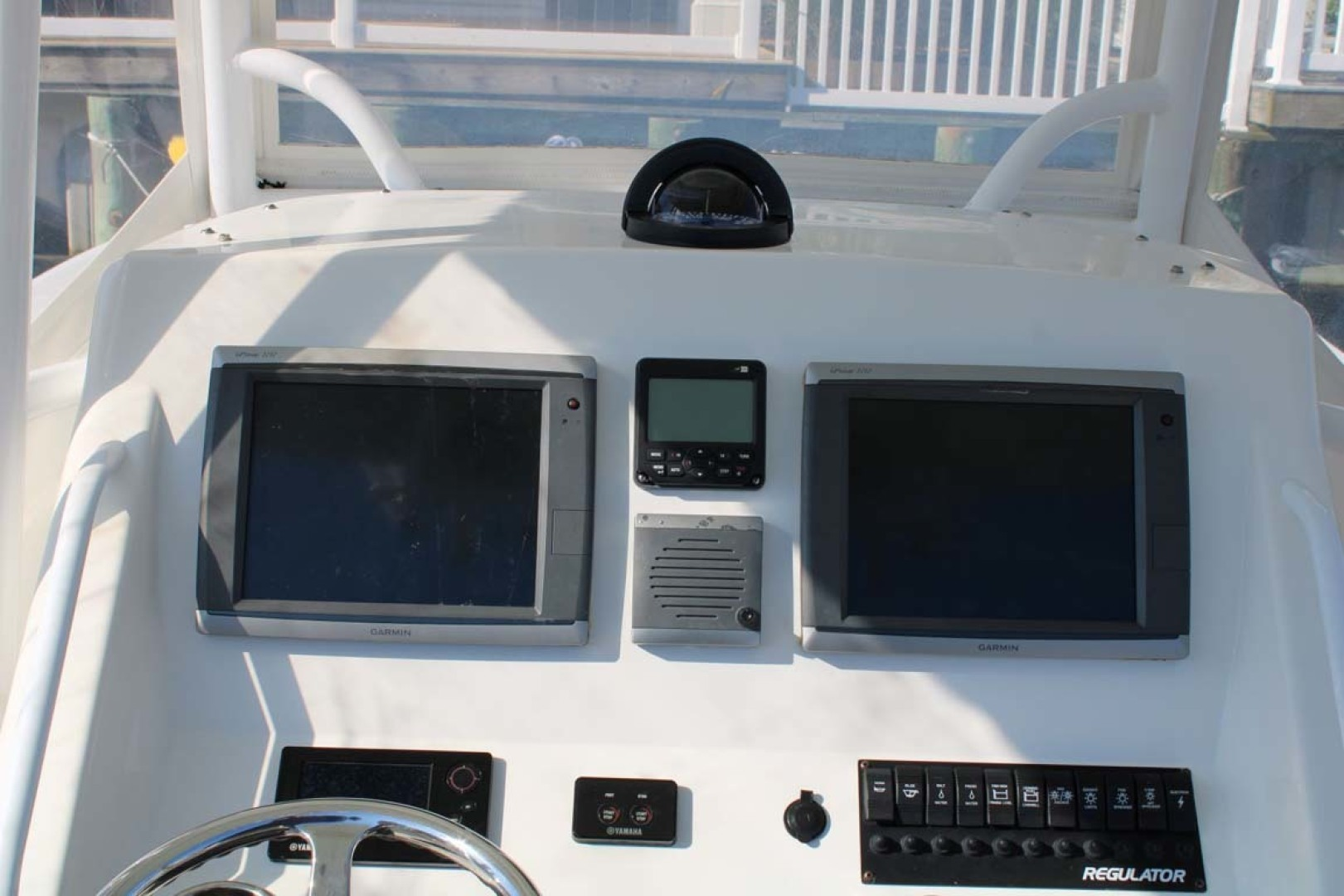 Regulator-Center Console 2011-Remedy Sea Isle-New Jersey-United States-Helm Electronics-1476454 | Thumbnail