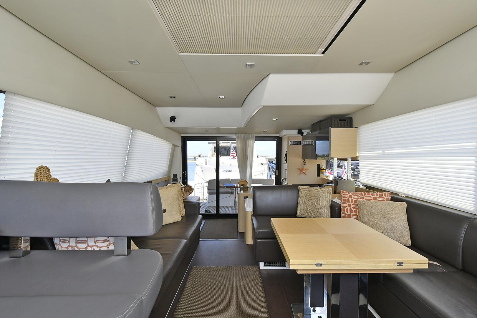 Prestige-500 Fly 2015-DIVERGENT Jupiter-Florida-United States-Salon -1476767 | Thumbnail